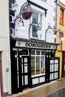 Donoghue's Pub in Cashel by Tim Thompson