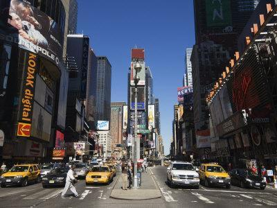 https://imgc.allpostersimages.com/img/posters/times-square-manhattan-new-york-city-new-york-usa_u-L-P1K90Z0.jpg?artPerspective=n