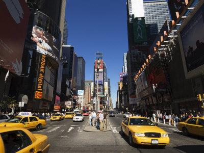 https://imgc.allpostersimages.com/img/posters/times-square-manhattan-new-york-city-new-york-usa_u-L-P1K9350.jpg?p=0