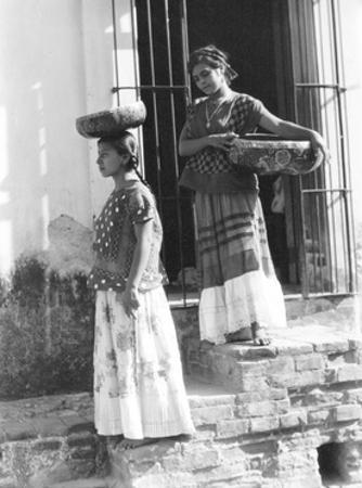 Women in Tehuantepec, Mexico, 1929 by Tina Modotti