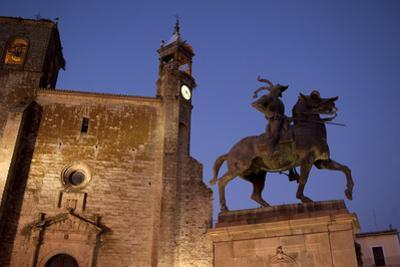 The Francisco Pizarro Monument and San Martin Church at the Plaza Mayor in Trujillo by Tino Soriano