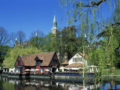 https://imgc.allpostersimages.com/img/posters/tivoli-gardens-copenhagen-denmark-scandinavia_u-L-P1JRIH0.jpg?p=0