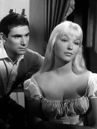 https://imgc.allpostersimages.com/img/posters/toi-le-venin-blonde-by-roberthossein-with-robert-hossein-and-marina-vlady-1958-b-w-photo_u-L-Q1C2NGY0.jpg?artPerspective=n