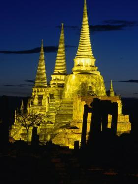 Wat Phra Sri Sanphet Built by King Ramathibodi I in the 14th Century, Ayuthaya, Thailand by Tom Cockrem