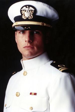 https://imgc.allpostersimages.com/img/posters/tom-cruise-top-gun-1986-directed-by-tony-scott_u-L-Q1E4XMS0.jpg?artPerspective=n