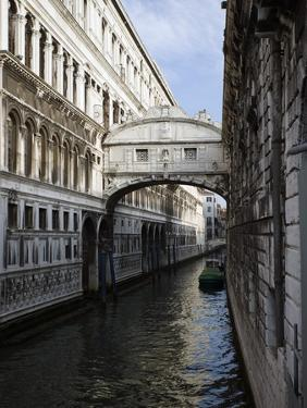 Bridge of Sighs, Venice by Tom Grill