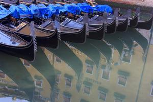 Gondola Parking. Venice. Italy by Tom Norring
