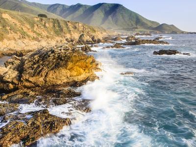 Surf on Rocks, Garrapata State Beach, Big Sur, California Pacific Coast, USA
