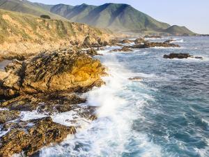 Surf on Rocks, Garrapata State Beach, Big Sur, California Pacific Coast, USA by Tom Norring