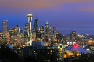 Seattle Skyline by Tom Schwabel
