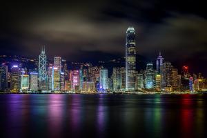 Hong Kong Skyline #001 by Tom Wang