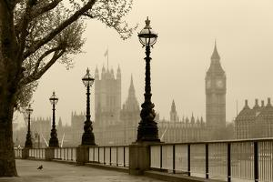 Big Ben And Houses Of Parliament, London In Fog by tombaky