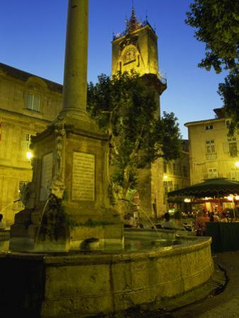 Place De L'Hotel De Ville after Dark, Aix-En-Provence, Bouches-Du-Rhone, Provence, France, Europe