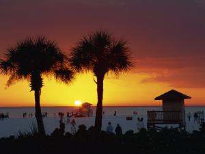 Sunset from Siesta Beach, Siesta Key, Sarasota, Florida, United States of America, North America by Tomlinson Ruth