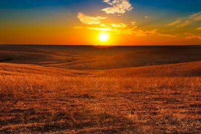 Flint Hills of Kansas Sunset by tomofbluesprings