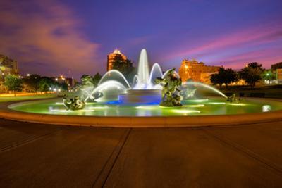Kansas City Fountains by tomofbluesprings