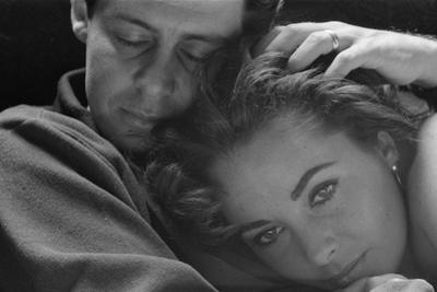 Elizabeth Taylor with husband Eddie Fisher, c.1960 by Toni Frissell