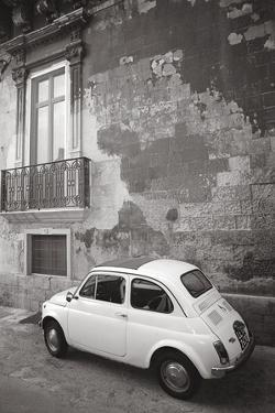 Auto Piccole II by Tony Koukos