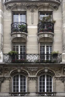 Balcon Parisien II by Tony Koukos