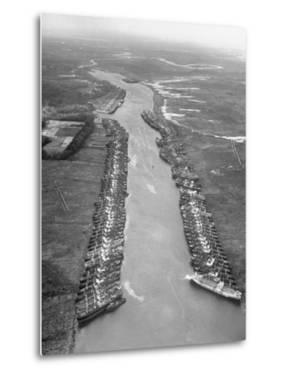 U.S. Liberty Ships by Tony Linck