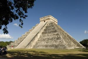 Chichen Itza, UNESCO World Heritage Site, Yucatan, Mexico, North America by Tony Waltham