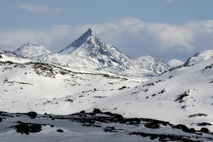 Sognefjell mountains, above Skjolden by Tony Waltham
