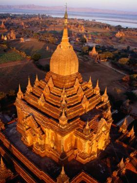Spire of Htilominlo Pahto, Bagan, Mandalay, Myanmar (Burma) by Tony Wheeler