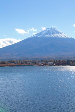 Mountain Fuji in Autumn Season by Torsakarin