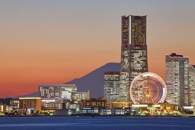 Yokohama City over the Mt. Fuji by Torsakarin
