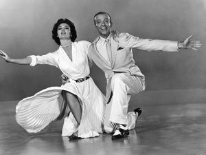 Tous en Scene THE BAND WAGON by VincenteMinnelli with Cyd Charisse and Fred Astaire, 1953 (b/w phot