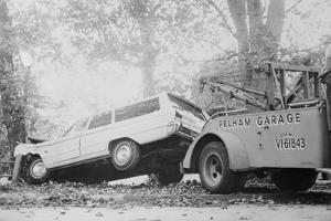 Tow Truck Towing Station Wagon
