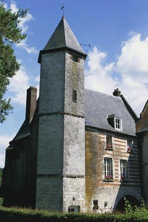 https://imgc.allpostersimages.com/img/posters/tower-chateau-de-lucheux_u-L-PP9Y4L0.jpg?p=0