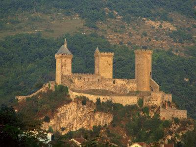 https://imgc.allpostersimages.com/img/posters/towers-and-fortifications-of-the-chateau-de-foix-in-the-midi-pyrenees-france-europe_u-L-P7NHQ80.jpg?p=0
