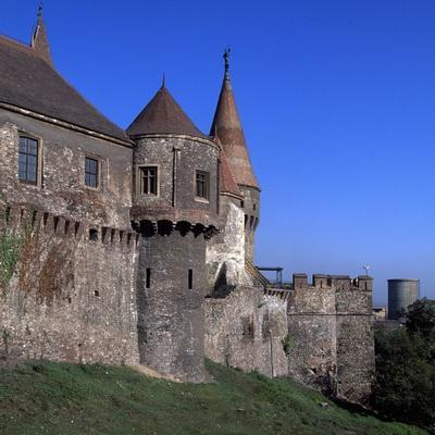 https://imgc.allpostersimages.com/img/posters/towers-of-corvinestilor-castle_u-L-PPE5GS0.jpg?p=0