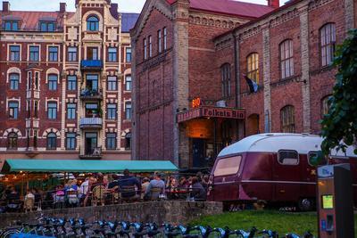 https://imgc.allpostersimages.com/img/posters/town-view-gothenburg-province-of-vaestra-goetalands-laen-sweden_u-L-Q1EXSJ90.jpg?artPerspective=n