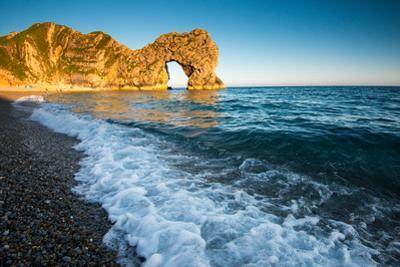 A Sunny Summer Evening at Durdle Door, Dorest England Uk by Tracey Whitefoot