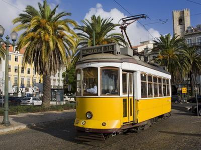 https://imgc.allpostersimages.com/img/posters/tram-in-the-alfama-district-lisbon-portugal-europe_u-L-PFNH7U0.jpg?p=0