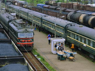 https://imgc.allpostersimages.com/img/posters/trans-siberian-express-siberia-russia_u-L-P2KB3X0.jpg?artPerspective=n