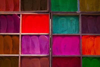 https://imgc.allpostersimages.com/img/posters/trays-of-multi-colored-dyes-at-the-entrance-to-the-pashupatinath-temple-near-kathmandu-nepal_u-L-Q10TJCZ0.jpg?p=0