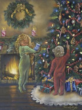 Decorating the Tree by Tricia Reilly-Matthews