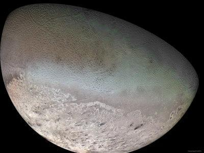https://imgc.allpostersimages.com/img/posters/triton-the-largest-moon-of-planet-neptune_u-L-P61D7X0.jpg?artPerspective=n