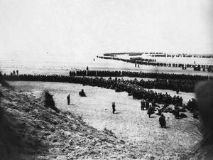 Troops Ready for Evacuation at Dunkirk