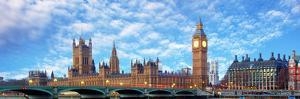 London Panorama - Big Ben, Uk by TTstudio