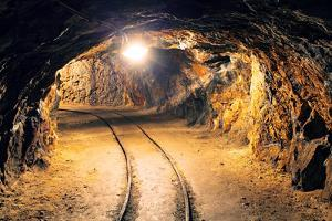 Mine Gold Underground Tunnel Railroad by TTstudio