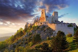 Ruin of Castle Cachtice - Slovakia by TTstudio