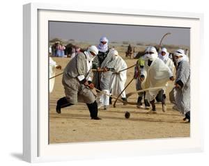 Tunisian Men Play Oggaf
