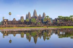 Angkor Wat by Tupungato
