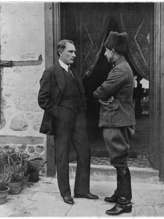 Turkish Leader Mustafa Kemal Ataturk Speaking W. His General, Ismet Pasha