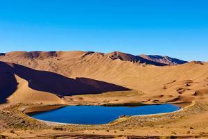 China, Inner Mongolia, Badain Jaran Desert, Gobi Desert by Tuul And Bruno Morandi