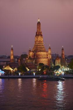 Wat Arun (Temple of the Dawn) and the Chao Phraya River by Night, Bangkok, Thailand by Tuul